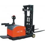 HELI CQDM12/15-810 Electric Stacker